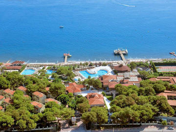 CRYSTAL FLORA BEACH RESORT *****